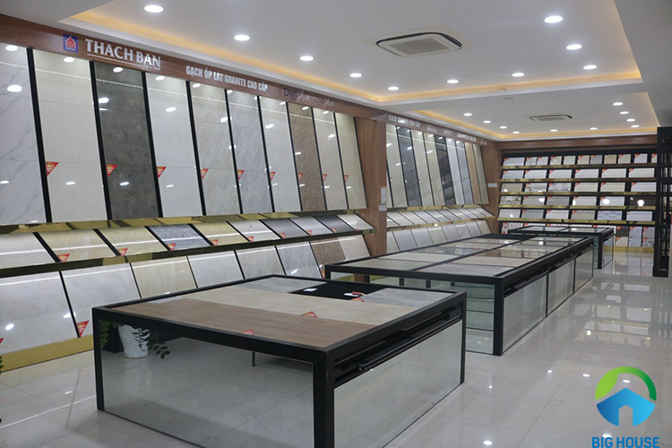 showroom gạch thạch bàn 2