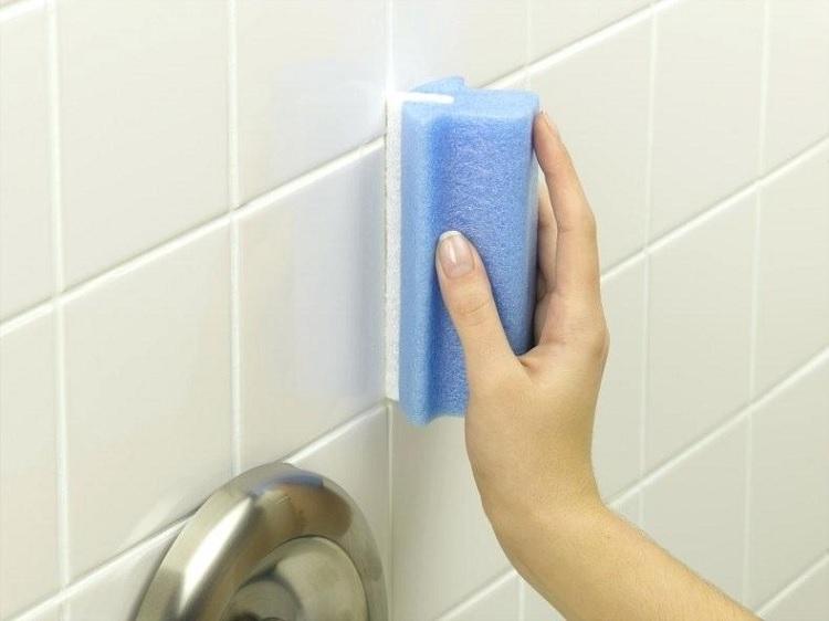cách ốp gạch tường nhà vệ sinh 5