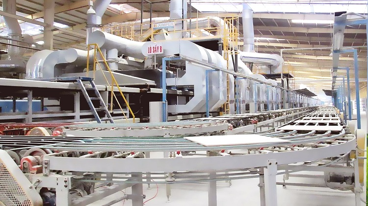 Dây chuyền sản xuất gạch bóng kiếng của Pancera đã được các chuyên gia đánh giá là hiện đại bậc nhất khu vực Đông Nam Á