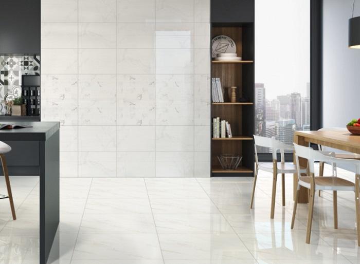 Mẫu ốp tường vừa giúp chống bám bẩn, vừa giúp không gian thêm sang trọng
