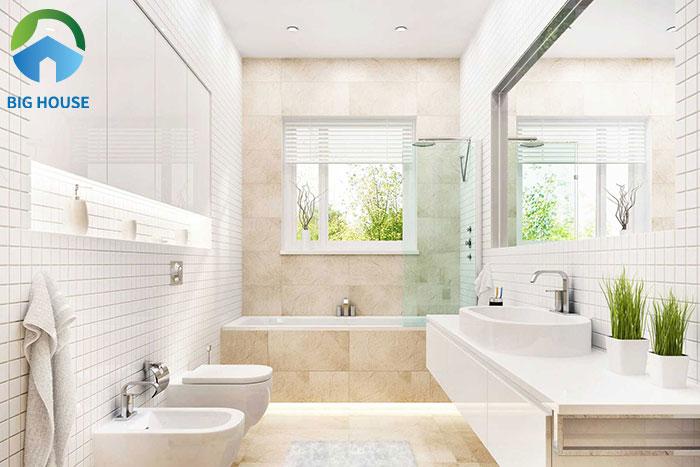 Không gian phòng tắm càng nhiều ánh sáng và thoáng càng tốt