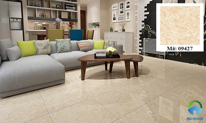 Gạch Prime 09427 được nhiều gia đình lựa chọn để lát nội thất. Tông màu vàng đất của sản phẩm kết hợp với bề mặt men bóng, giúp đem lại vẻ đẹp sang trọng cho không gian sở hữu.