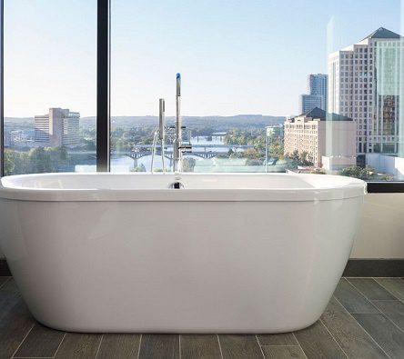 Bồn tắm sứ có được dùng phổ biến không, nên sử dụng không?