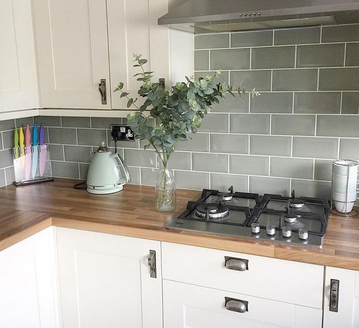 cách chọn gạch ốp bếp cho phòng bếp nhỏ