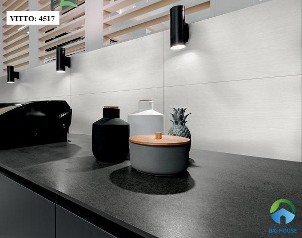 Gạch ốp bếp màu trắng giả đá Vitto 4517