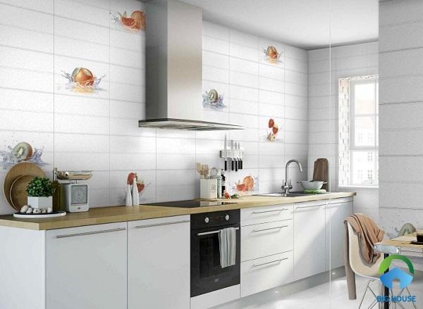 Cách vệ sinh gạch ốp tường bếp trắng sạch, nhanh nhất